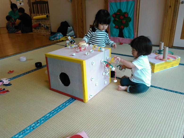 2階は手作りおもちゃの宝庫