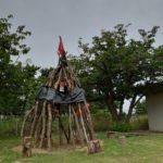 インディアンの家は、覗いて楽しい!登っても楽しい!おままごとも楽しい!他にも色々楽しめます!